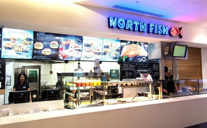 Otwarta kuchnia z rybą