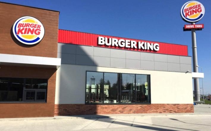 Burger w stylu drive
