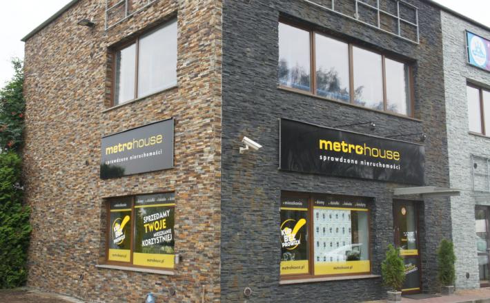 Metrohouse bez rebrandingu