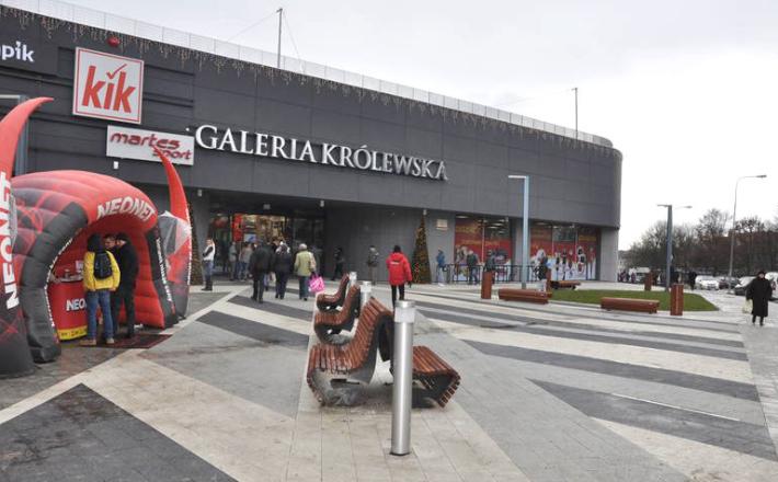 Z ulicy do galerii